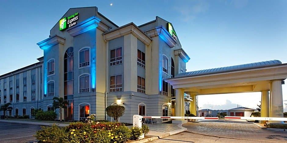 holiday inn express and suites trincity 6314602241 2x1 1
