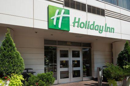 holiday inn washington 6536110517 2x1 1 scaled