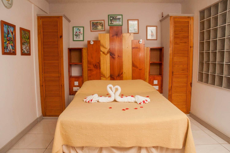 HotelTheChamps GardenRoom 001